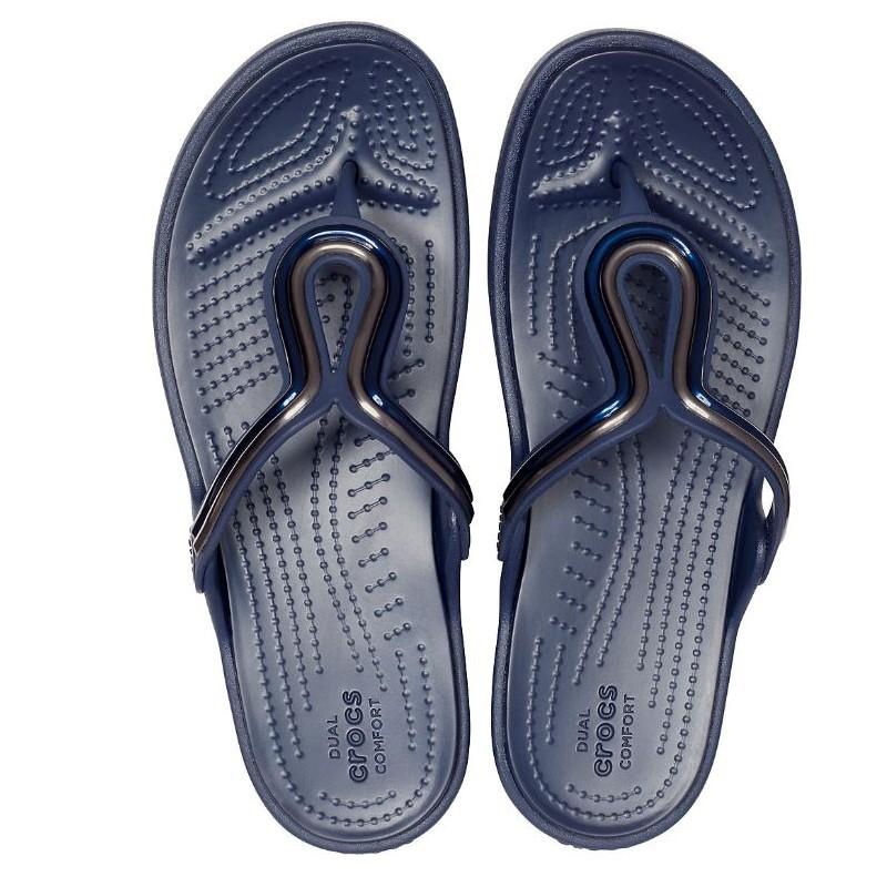 Crocs Women S Sanrah Metal Block Flat Flip Santoutdoor